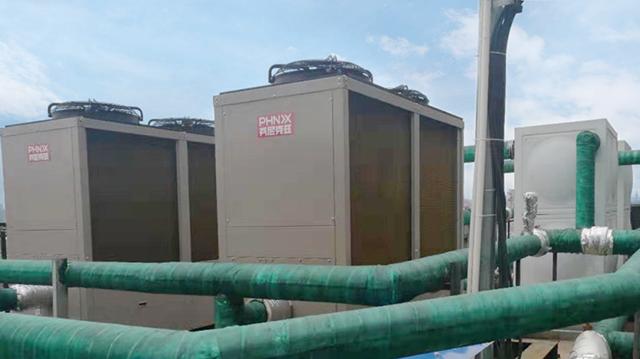 山西阳泉酒店采暖热水用芬尼空气能热泵,省人省电更省钱